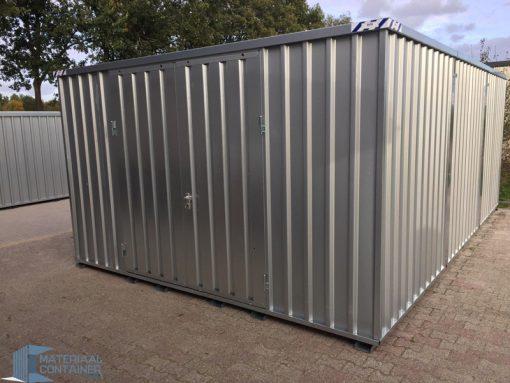 Demontabele materiaalcontainer van metaal bij snelbouwcontainer